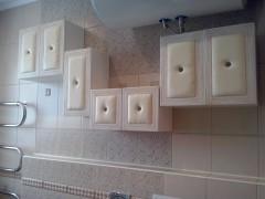Шкафчики для ванной комнаты с мягкой обивкой