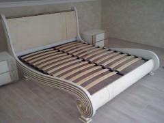 Кровать и тумбочки под обивку тканью
